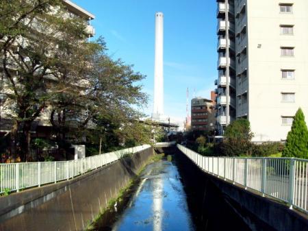 高井戸駅南側