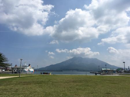 ドルフィンポートから眺めた桜島