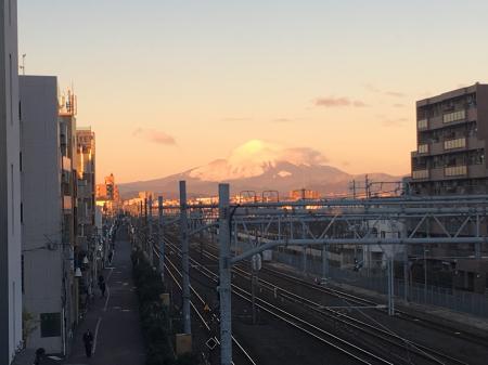 辻堂駅から富士山