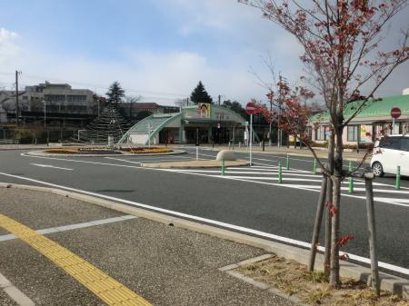 吉富駅前の便利な駐車場