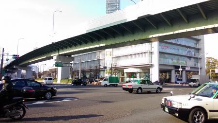 交通量多い東別院