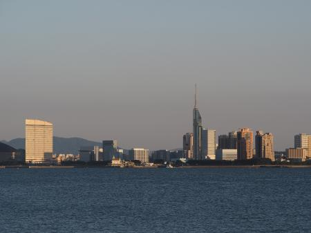 夕暮れの博多湾