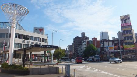 桜山駅の直上