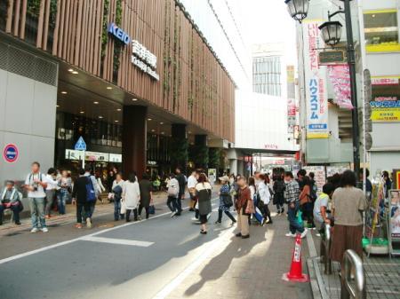 京王線吉祥寺駅前